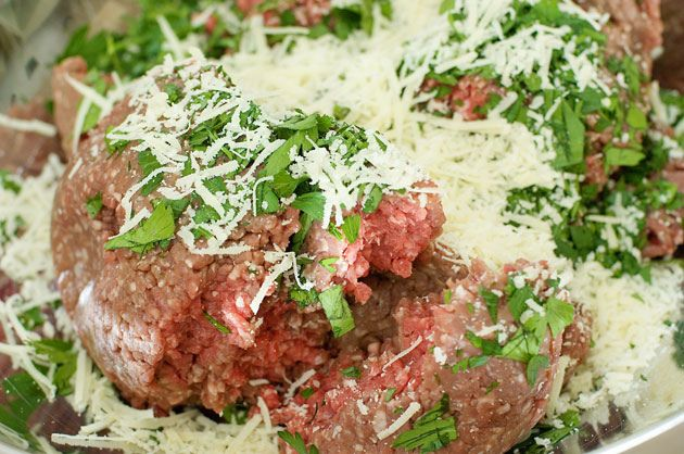 meatloaf by Ree Drummond / The Pioneer WomanWoman Cooking, Meatloaf Recipe, Pioneer Woman Cheese Grits, Ree Drummond Meatloaf, Food Inspiration, The Pioneer Woman, Favorite Meatloaf, Pioneer Women, Chees Grits