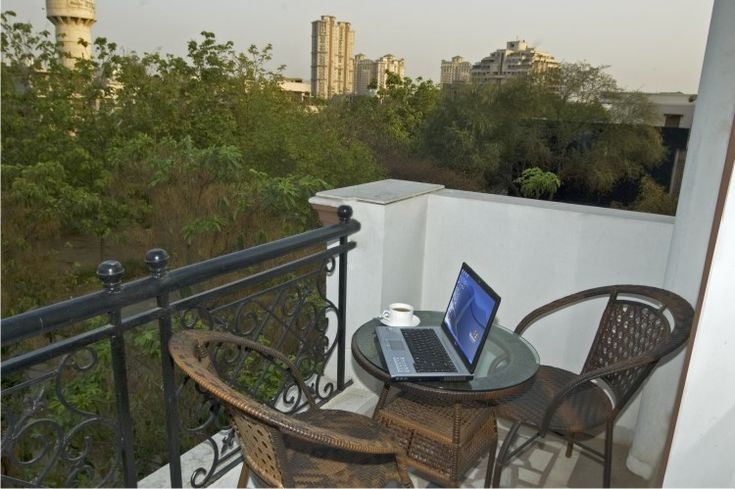 This is surely the first choice for all the individuals. There is no relation between service apartments in Gurgaon and hotels.Service apartments in Gurgaon are home away from home. www.treetopgreens.com