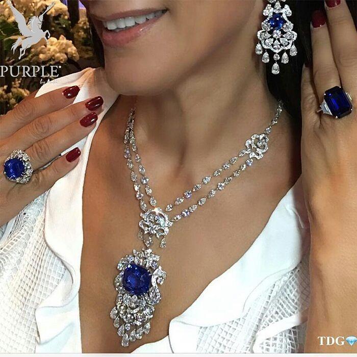 Check out this stunning and mesmerizing Sapphire jewels by @orlovjewelry via @the_diamonds_girl #purplebyanki #diamonds #luxury #loveit #jewelry #jewelrygram #jewelrydesigner #love #jewelrydesign #finejewelry #luxurylifestyle #instagood #follow #instadaily #lovely #me #beautiful #loveofmylife #dubai #dubaifashion #dubailife #mydubai #Necklace #Earrings #Rings #Sapphire