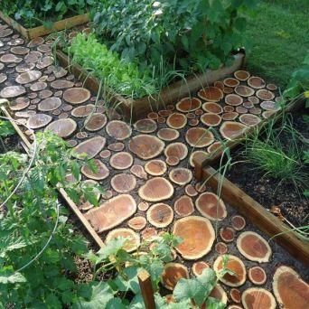 Деревянные дорожки из брусчатки создадут необыкновенно комфортную атмосферу на участке - Norvex