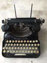 http://img17.staticclassifieds.com/images_tablicapl/342472523_1_261x203_stara-maszyna-do-pisania-corona-milanowek.jpg
