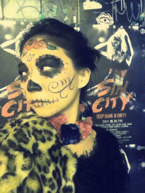 Halloween muertos/skull makeup