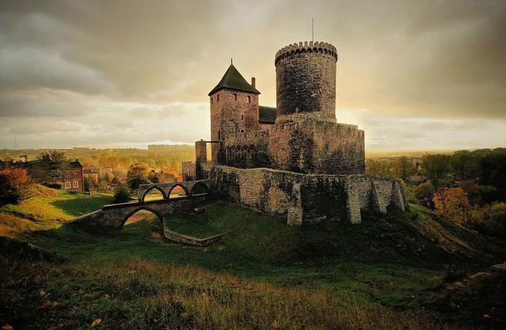 Castle in Będzin - Poland  Photo by klejnot