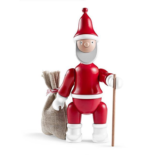 #Danish #designer #KayBojesen is known for bringing joy to old and young alike with his #handcrafted #woodentoys.  His #santaclaus figure is no exception as a beautiful way to bring #christmas cheer into your home. Made from painted beechwood the original #santa design was created in the #1940s. The full poseable figure carries a sack and walking stick, to help with his journey from the north pole.  Available from @kaybojesen and @rosendahlcph