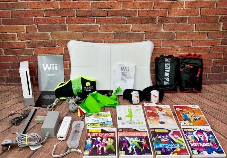 Nintendo Wii Bundle Fitness Sports Just Dance 1.2.3.4 Active 1,2 Fit Board Zumba