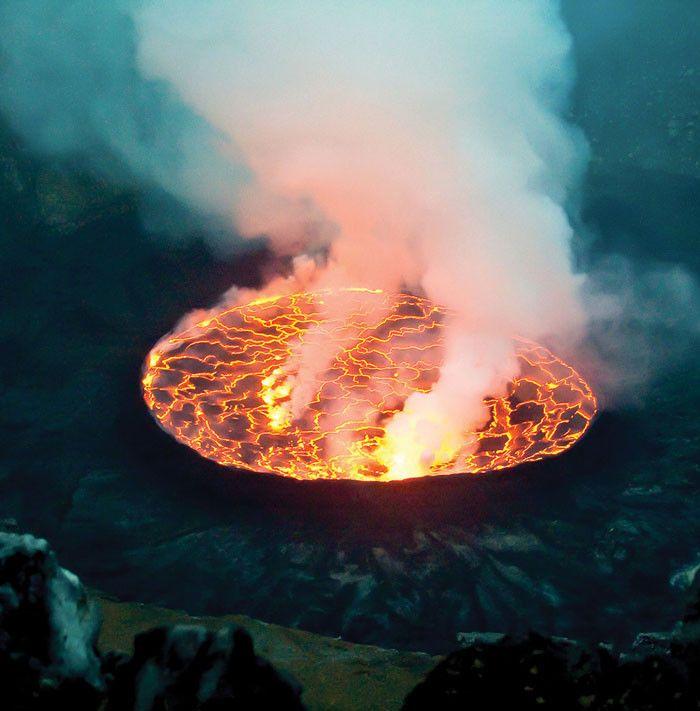 Gorilla trekking, Mount Nyiragongo, and Lake Kivu extravaganza (Africa Geographic)