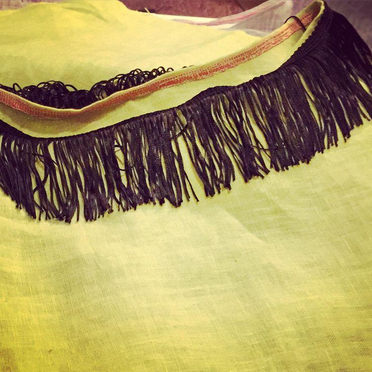 Camicia in lino con frange sul collo  #fashion #style #madeinitaly #handmade #blouse  #pompom #ricami #gypsy #style #love #life #newbrand #elizamadewithlove