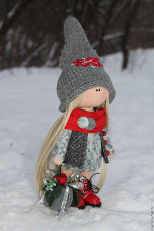 Dolls tykvogolovki handmade.  New Order gnomochka.  Elena.  Arts and crafts fair.  Interior doll, bright red, the doll as a present