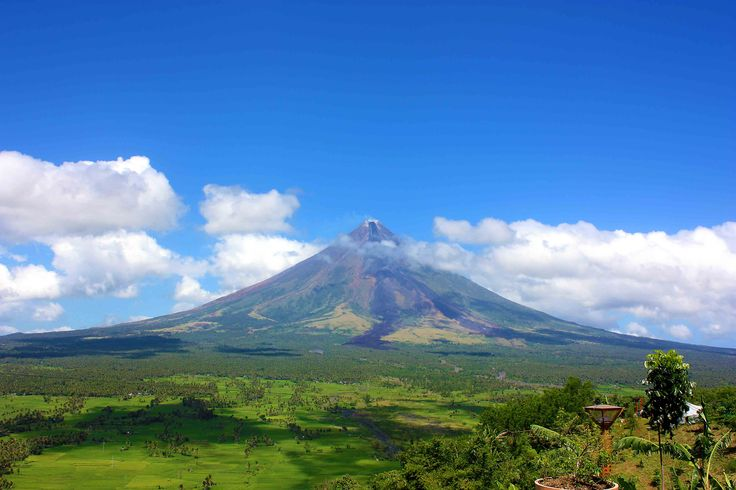volcano HD — Yandex.Images – travel the Philippines - Mayon Volcano.