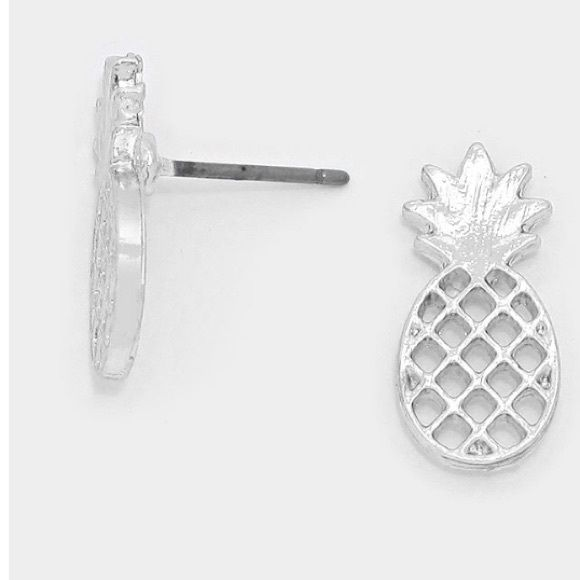 pineapple earrings Brand new and I have multiples   *please understand that this is retail meaning I had to purchase from a wholesaler so the current price is the only way I will make a profit - price is firm - thank you for your support ❤️ Jewelry Earrings