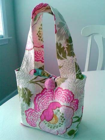 little girl gift tote bag simple sew tutorial link & filler ideas
