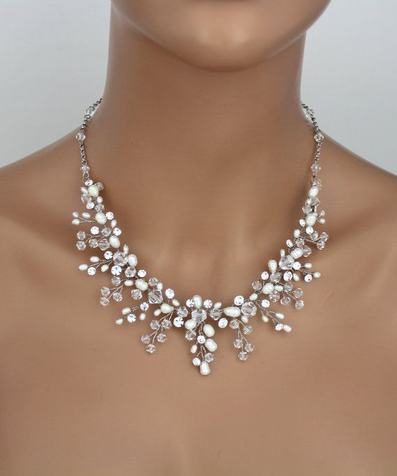 Bridal necklace Crystal necklace Bridal jewelry Wedding