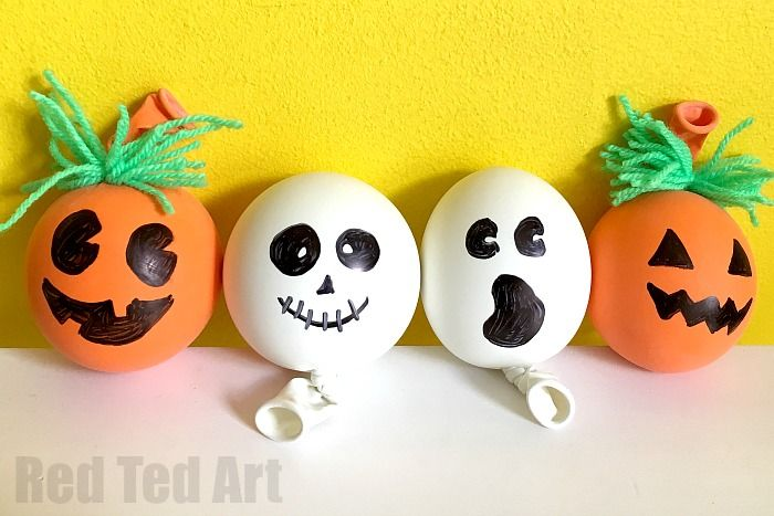 How to Make a Stress Ball for Halloween. These little guys are SO FUN for Halloween. Make either a Jack O'Lantern Stress Ball or a Ghost Stress Ball. Cute!