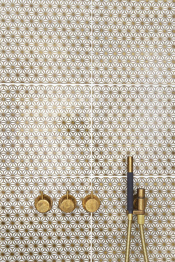 Tile design available from Laurence Pidgeon www.laurencepidgeon.com