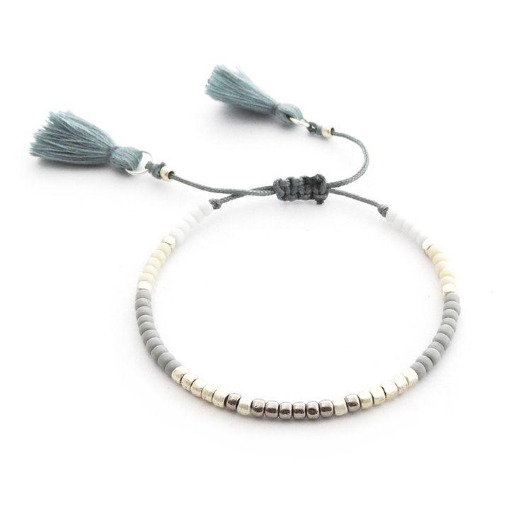 Minimal Bracelet | Gray and Beige | Delicate Beaded Bracelet Made Of Seed Beads | Boho Bracelet Tassel | Handmade Jewelry | Toho Beads |