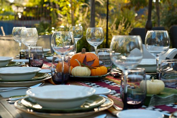 1000 ideas about fall dinner parties on pinterest dinner parties thanksgiving tablescapes. Black Bedroom Furniture Sets. Home Design Ideas