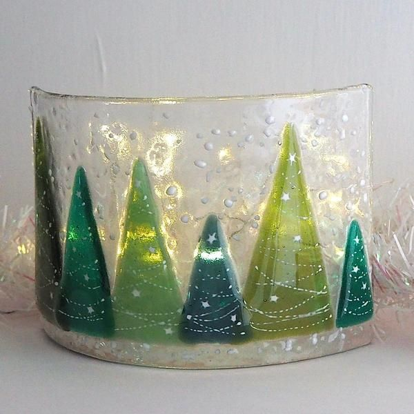 Candle screen – row of fused glass Christmas trees