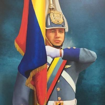 @vencedor_ribas : RT @dcabellor: Hoy vimos a Chávez Vivo en los ojos del Pueblo en sus manos en sus penas y alegrías en sus rostros lo vimos en cada soldado y soldada