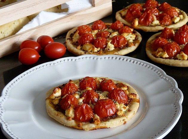 Tartelettes de tomates cerises & fromage de brebis