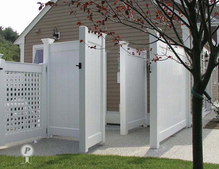 1000 ideas about outdoor shower enclosure on pinterest for Outdoor shower doors