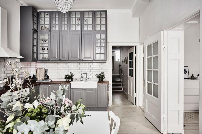 decoracion Apartamento de estilo Escandinavo industrial vintage en color Blanco y cocina gris