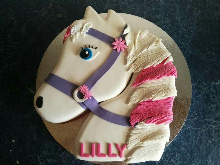 Majestic horse head birthday cake
