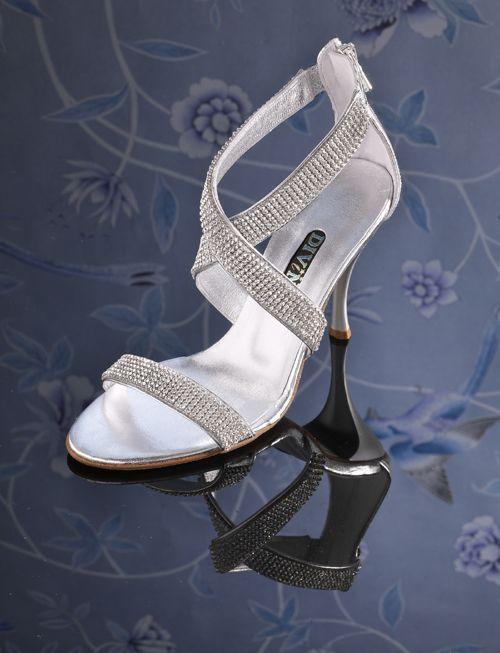 Φωτογράφιση Νυφικά Παπούτσια 2010 Divina