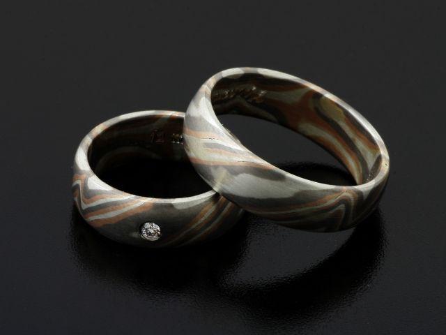 Rings by Bielak  Mokume Gane  pink gold / palladium / silver  satin pattern  with white diamond