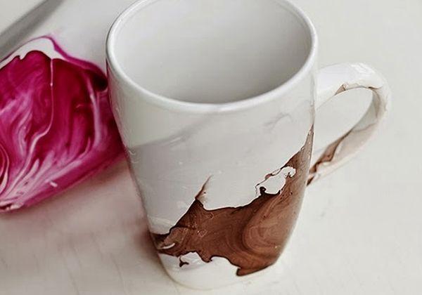 Dekor DIY Tip: Maľované hrnčeky