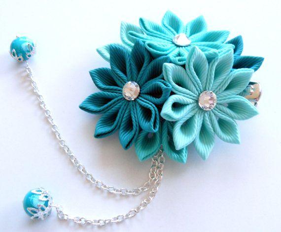 Kanzashi fabric flower hair clip. Shades of mint. by JuLVa on Etsy