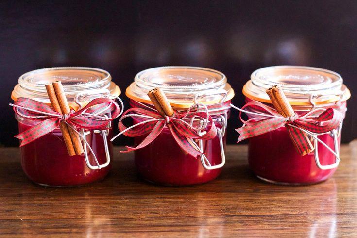 Mayhoş tat sevenlerin vazgeçilmezi kızılcık marmelatı tarifi mutlaka denenmesi gereken nefis bir marmelat tarifidir.Kızılcık marmelatı nasıl yapılır?