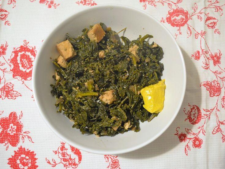 Grünkohl mit Räuchertofu #grünkohl #kale #vegan #gesund #unkompliziert #glutenfrei #lactosefrei #ballaststoffe #protein #einfrieren