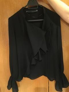 %53 indirimli Zara Üst Zara Lookbook Siyah Ipek Yakasi ve Kolu Detayli Gomlek | Modacruz