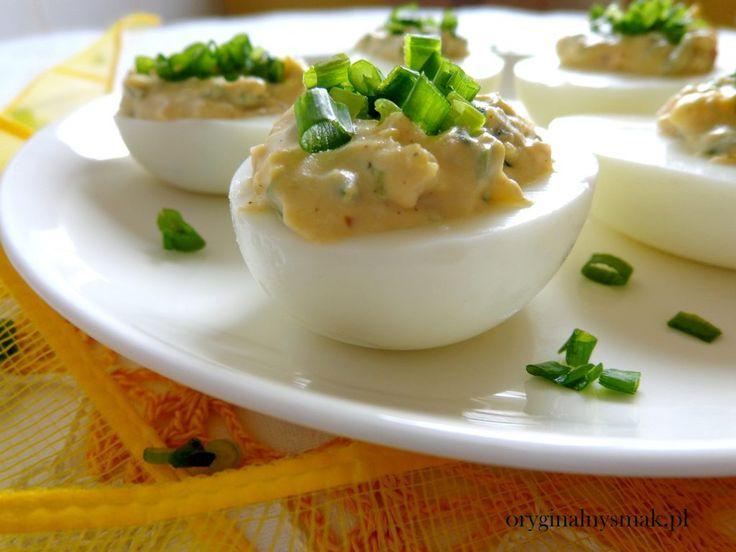 Jajka faszerowane szynką i szczypiorkiem  | Oryginalny smak