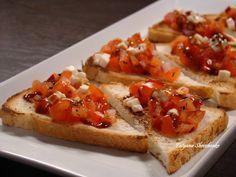 РУККОЛА: Брускетта с помидорами и соусом терияки