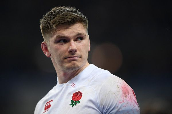 Owen Farrell Photos - Owen Farrell of England looks dejected during the NatWest Six Nations match between France and England at Stade de France on March 10, 2018 in Paris, France. - France v England - NatWest Six Nations