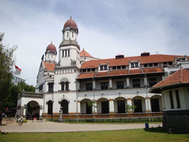 Lawang Sewu ~ Semarang - Central Java, Indonesia.  Taken from the post: Semarang Trip (Part One): http://wp.me/p1VkQt-eW