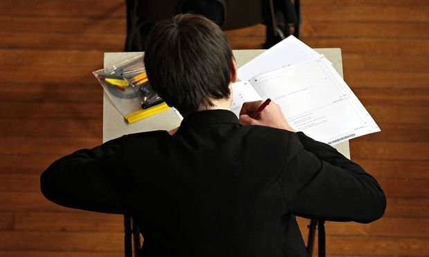 Tristram Hunt warns private schools to help state pupils or loose £700 million in tax breaks