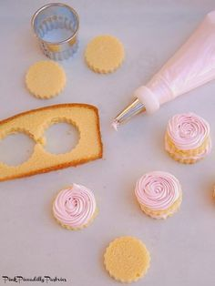 No Bake Pink Lemonade Mini Cakes   This and more delicious tea party recipes!