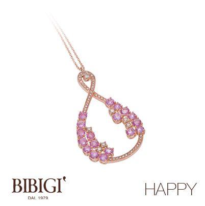 """Collana in oro rosa, diamanti, diamanti rosa.  La nuova collezione di Bibigì che si ispira al vivere il momento presente, al coccolarsi e concedersi il gusto di un capriccio. Bibigì """"Happy"""" ci emoziona con una miriade di colori che rispecchiano l'allegria dell'anima."""
