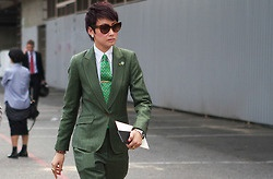 can we just talk about esther quek for a min...Girls Crushes, Fashion Weeks, Fashion Editor, Menswear Suits, Esther Quek, Men Fashion, Street Style Fashion, Hair Style, Notorious Magazines