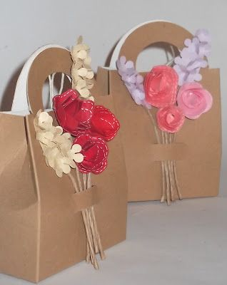 Piccole decorazioni floreali