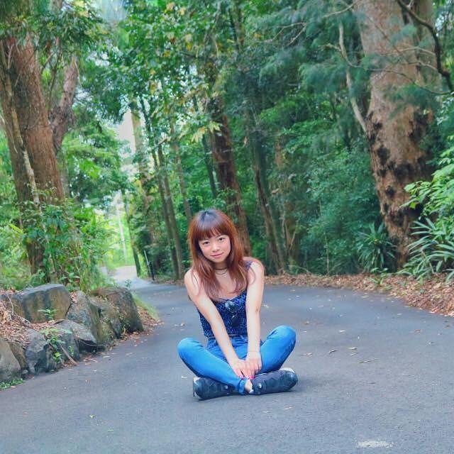 【chie_kamata】さんのInstagramをピンしています。 《#光合成 #justkeepgoing #summer #green #森》