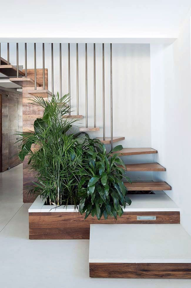 The Next Level 14 Stair Railings To Elevate Your Home Design Stairs Design Country House Decor Staircase Design