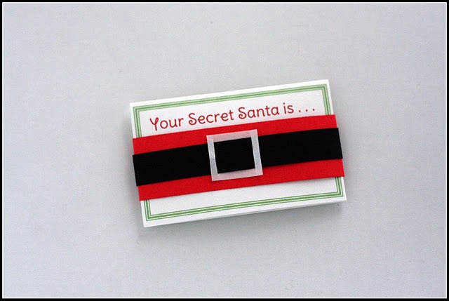 DIY Secret Santa Drawing Gift Tags with Wishlist (name is hidden by the Santa belt)