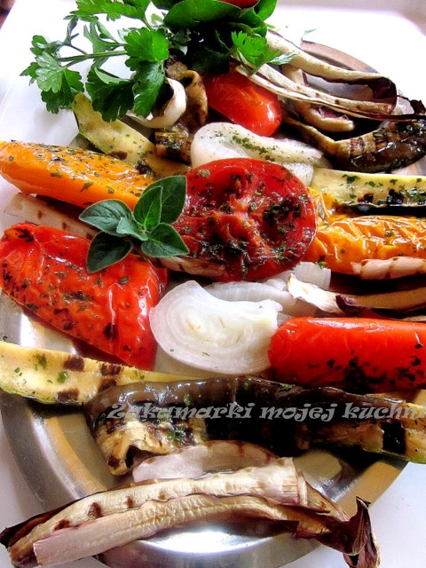 Zakamarki mojej kuchni.  Kto lubi  warzywa z grilla?