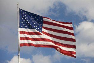 Stars and Stripes American flag on flagpole in Florida, United States of AmericaUS-amerikanische Flagge, Fahne, USA, Vereinigte Staaten von Amerika, G7, G8