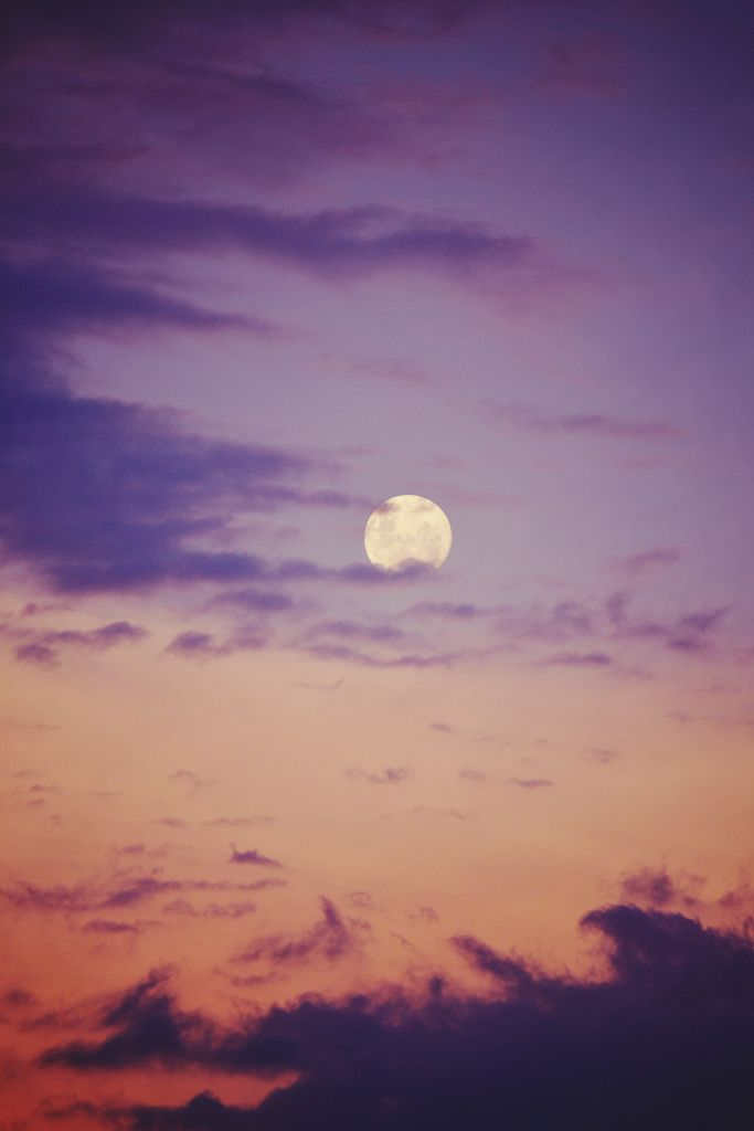 """This --> """"The sun loved to moon so bad that he died every night to let her breathe."""""""