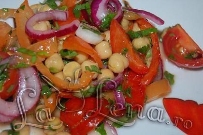 Chickpeas Veggie Salad ; Salata de naut cu legume