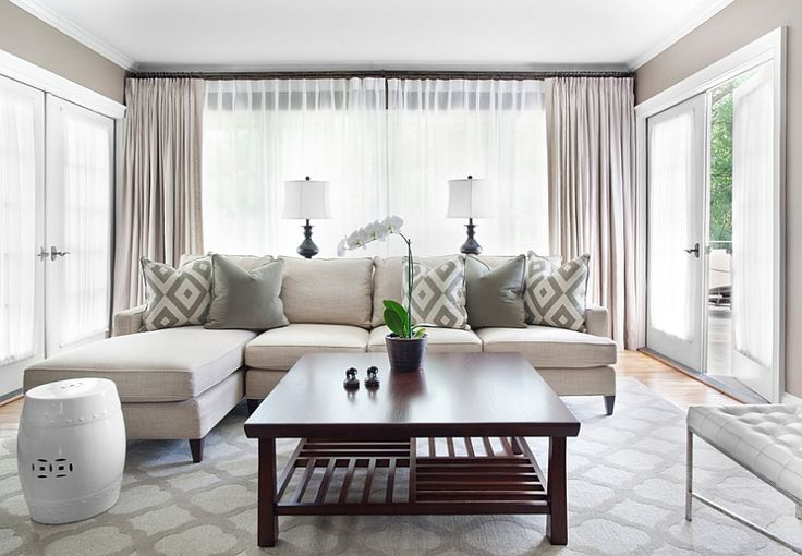 Use natural ventilation of the living room to your advantage